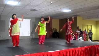 Giddha Painda Jorr Da: Ramneek Dhami, Karina Nagra & Priya Bajwa at Baisakhi 2011 in Reno NV