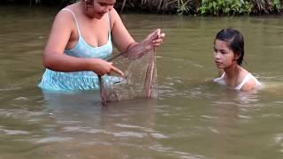 Amazing beautiful girl Fishing in Cambodia - How to Fishing at battambang ( part 237)