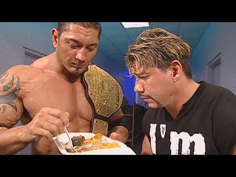 Batista Steals Eddie Guerrero's Dinner: SmackDown, Sept. 30, 2005