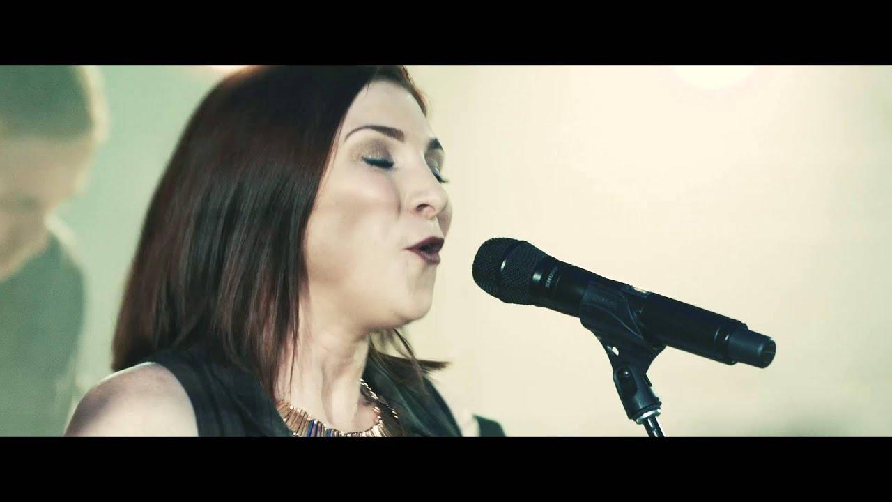 Jesus Culture - Never Gonna Stop Singing (feat. Kim Walker-Smith) [Live Acoustic Version]