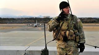 3.11 仙台空港の屋上で臨時管制を行う米空軍戦闘管制チーム(CCT)・トモダチ作戦 東日本大震災 - USAF Combat Control Team in Japan Earthquake thumbnail
