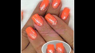 Nail art - Monocolore arancio fluo (neon) con strass e glitter (ricostruzione o smalti) Thumbnail