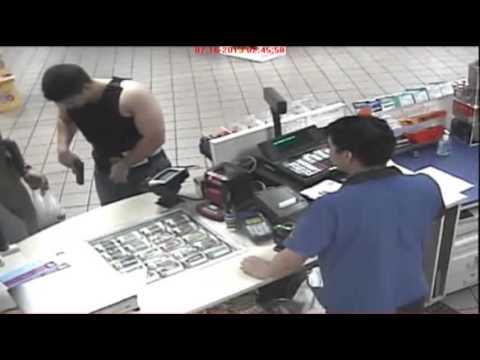 Download : Off-duty Cop Pulls Gun on Clerk Mp4 baru