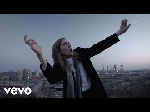 Alex Cameron - Mongrel (Official Video)