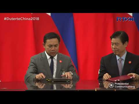 Witnessing the Signing of Agreements between the Governments Philippines and China 4/10/2018
