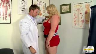 Scarlett Rouge goes to the Doctor !
