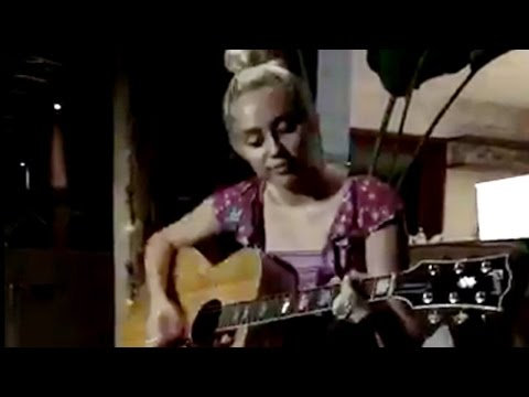 Miley Cyrus Sings Song for Liam Hemsworth at Wedding