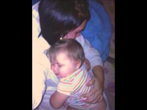 Garth Brooks mom video
