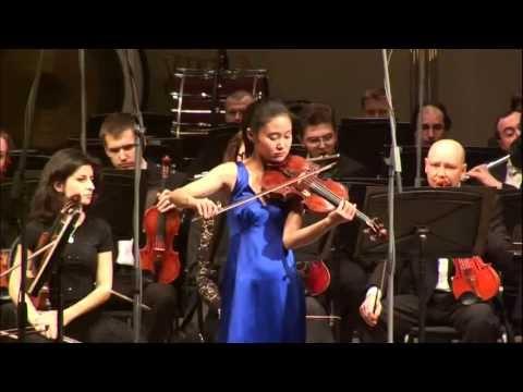 Shoji Sayaka plays Mendelssohn's Violin Concerto in E minor