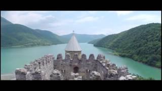 Про Грузию с грузинской песней!