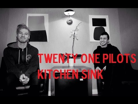 Twenty One Pilots - Kitchen Sink (Video)