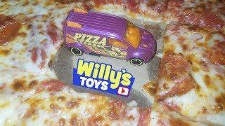 WORLDS BIGGEST PIZZA - Bunchems Mega Pack Pizza Party and HOT WHEELS - Willy