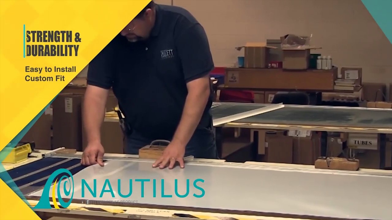 Rv Nautilus Retractable Shower Door Youtube