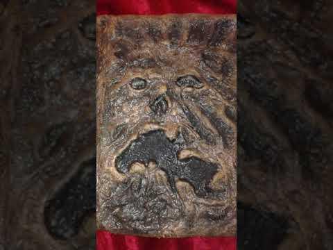Evil Dead Necronomicon Book of the Dead Replica Prop Trick or Treat Studios