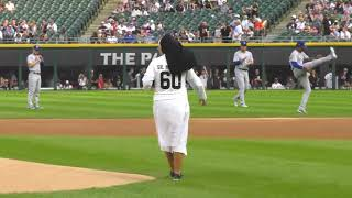 Nun Throws Out Perfect Pitch at White Sox Game screenshot 3