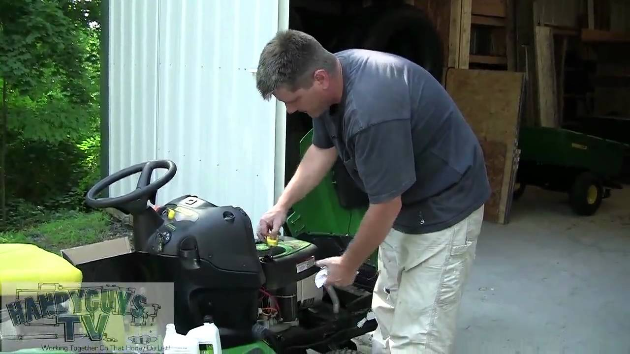 John Deere La115 Oil And Lube Youtube