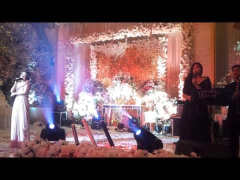 Berry Project At XO SUKI ( Band Wedding  Surabaya )