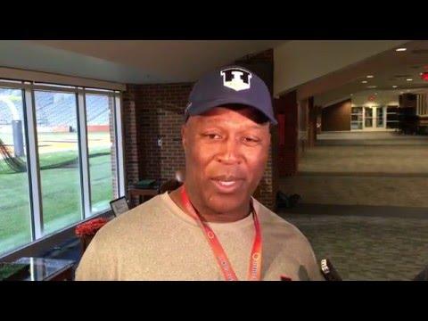 Lovie Smith @IlliniFootball Post-Practice Interview 4/26/16
