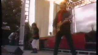 Declaration/Marching On Live The Alarm