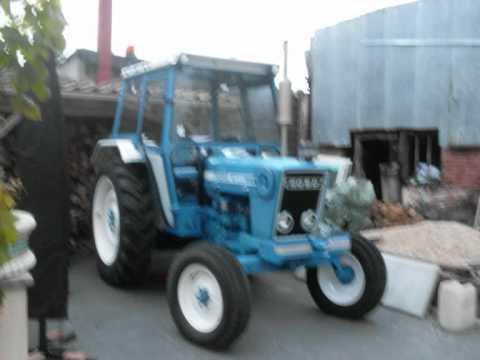 tracteur ford 4600 youtube. Black Bedroom Furniture Sets. Home Design Ideas
