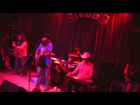 Dirt - Cody Jinks And The Tone Deaf Hippies