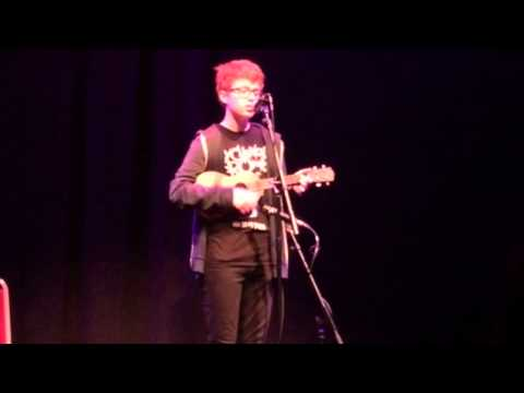 Robin (cavetown) live ukulele set at Cambridge Junction