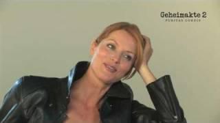 Geheimakte 2: Interview mit Nina Kalenkow & Esther Schweins