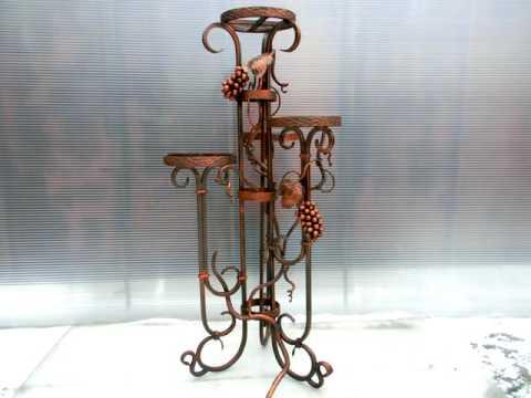 Красивая кованая подставка для цветов на 4-5 горшков , цветочница на 4-5 вазона металл