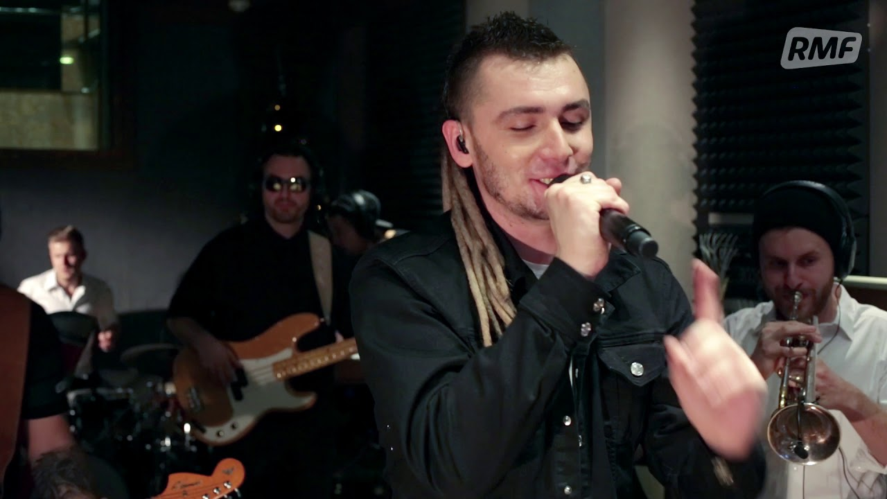 Kamil Bednarek – No one like You (Poplista Plus Live Sessions)