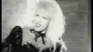 Vixen-Love Is A Killer