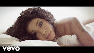 Kelly Khumalo - Ngathwala Ngaye (Official Music Video) ft. Mondli Ngcobo