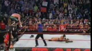 WWE Monday Night Raw - Triple H vs Eddie Guerrero