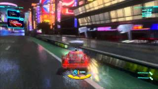 """CARS 2 EL VIDEO JUEGO """"MI HIJO DE 4 AÑOS JUGANDO  :)"""