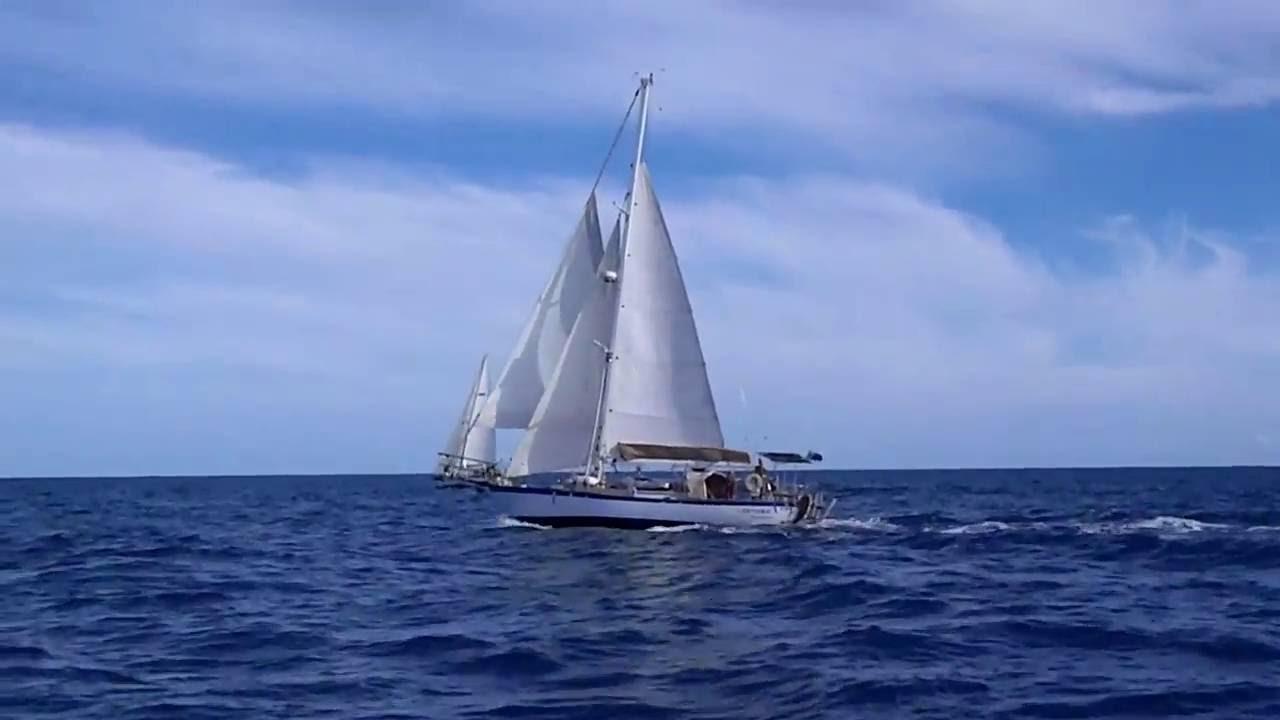 Alajuela 38 under sail
