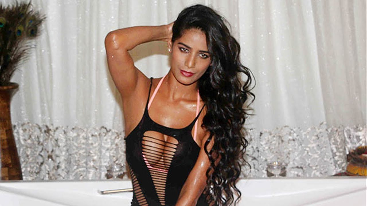 Hot Poonam Pandey naked (83 photo), Boobs