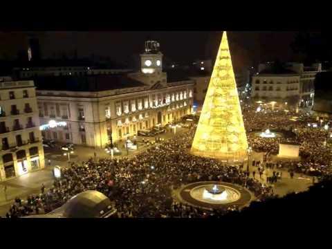CAMPANADAS en la Puerta del Sol, 31 de Diciembre de 2015.