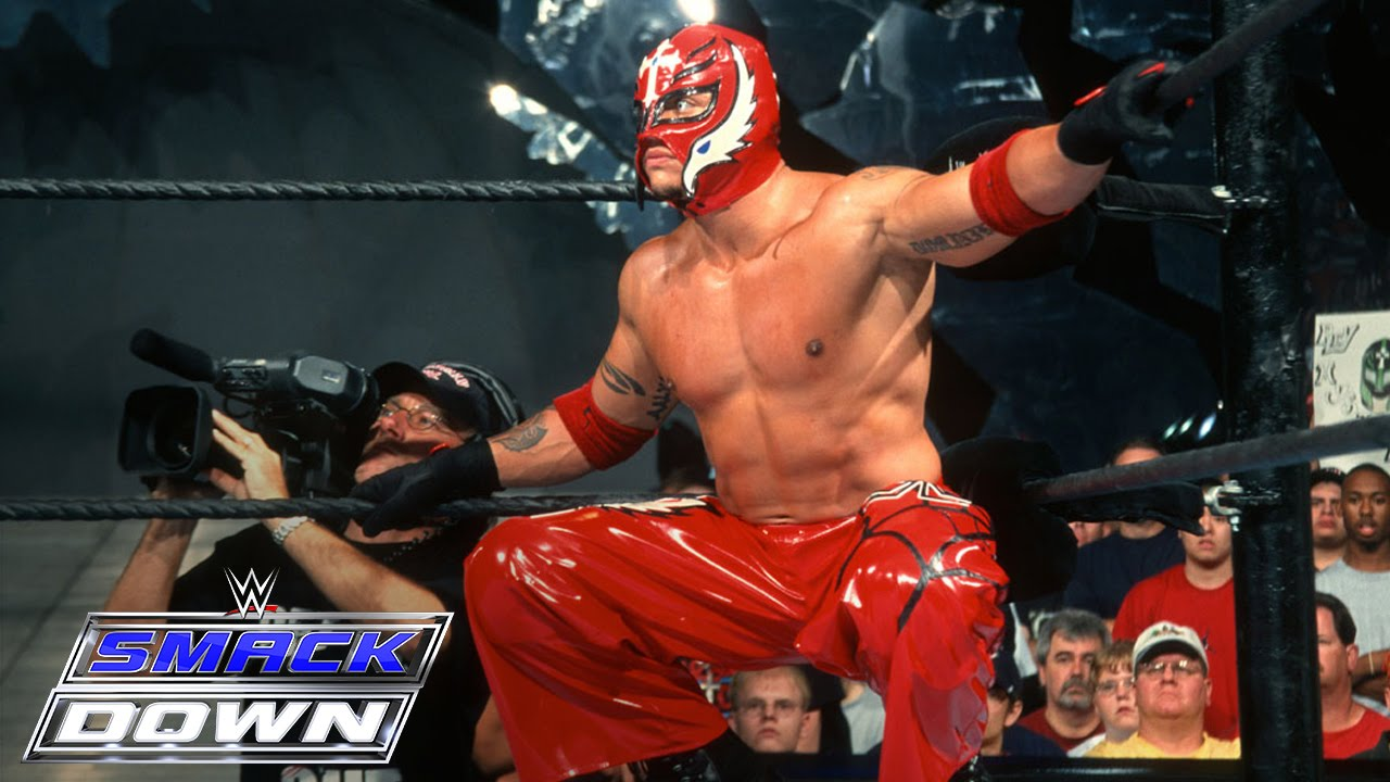 Rey Mysterio's Size Was A Setback In WWE, Says Hall Of Famer 2
