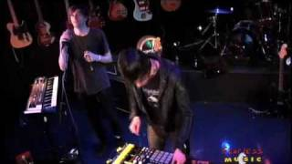 cut copy saturdays live on fearless music