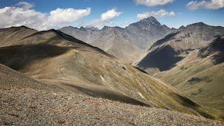 Georgien Reise: Urlaub und Wandern im Kaukasus • mit Armenien und Aserbaidschan!