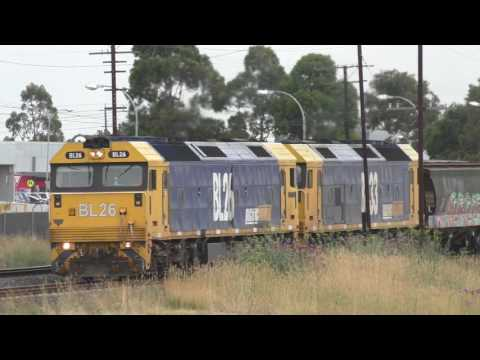My First Grain Train for 2017 - 1MC6 BL26 & BL33 Airport West Pacific National Australian Trains
