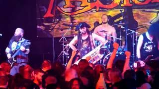 Alestorm - Midget Saw - 70000 Tons of metal 2015