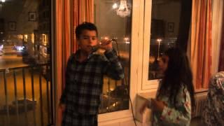 Victor Cantando E Ayha Dançando Çakmak Çakmak Sibel Can - Tarkan - Ahahahaha Lindos !!! :d