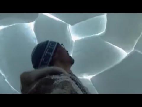 How To Build An Igloo | A Boy Among Polar Bears | BBC