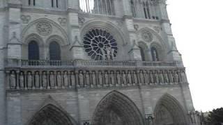 Нотр-Дам де Пари (Notre-Dame de Paris), Париж, Франция.(Небольшое видео с видом на Нотр-Дам де Пари (Notre-Dame de Paris). Cъемка с экскурсионного автобуса. Видео с сайта..., 2009-12-10T11:07:04.000Z)