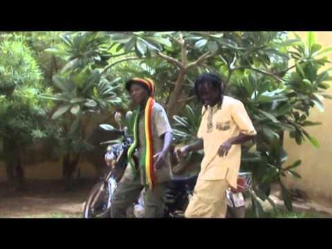 Guine-Bissau : Sambagano and the re-creole - Clip 3 De Agosto mpeg