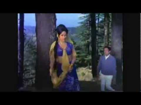 KAHIN KARTI HOGI WO MERA INTEZAAR Mukesh & Lata from movie PHIR KAB MILOGI (1974)