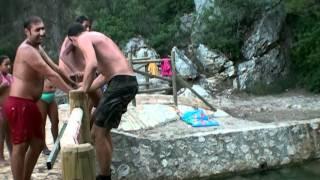 Saltando al rio en Moratalla