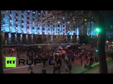 Ukraine: Cabinet of Ministers building blockaded by protesters