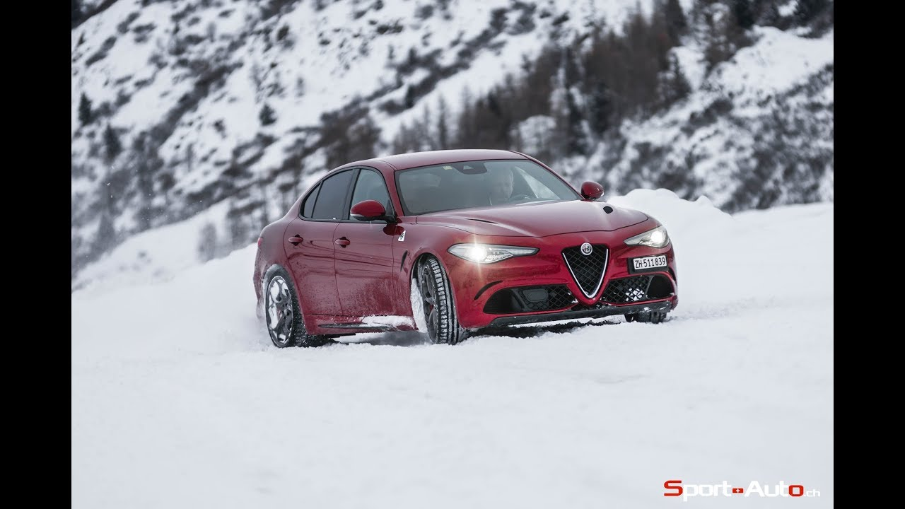 alfa romeo giulia quadrifoglio winter driving drift youtube