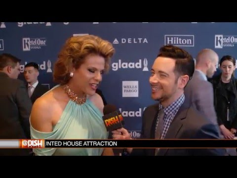 GLAAD Media Awards Red Carpet Interviews w/ Troye Sivan and MORE! Mp3